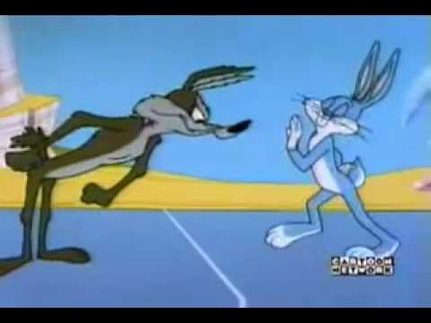 Bug Bunny vs Wil E. Coyote